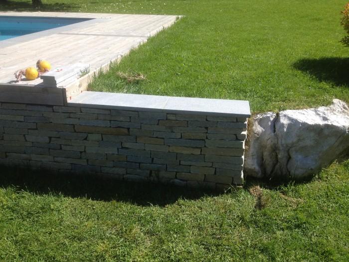 Pose-Granite-sur-murette